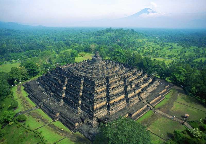 Đền tháp Borobudur